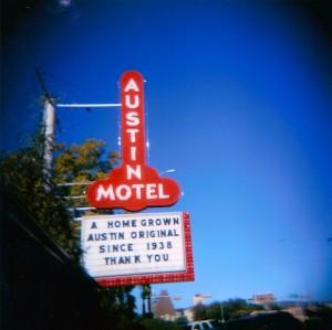 6_austin_motel-300x299